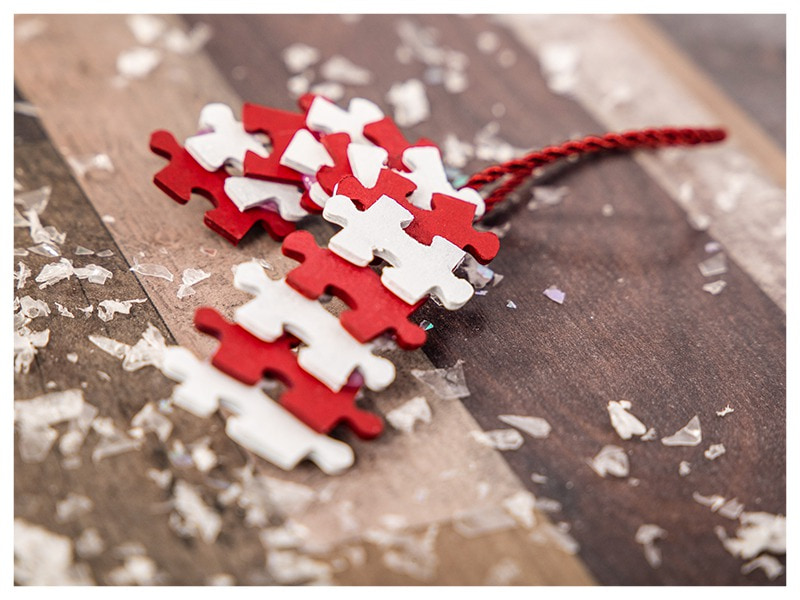 DIY Christmas decoration puzzle candy cane